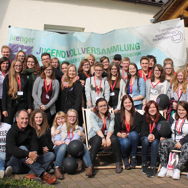 Fluchtgeschichten und Willkommens-Fotoaktion 5. Vollversammlung der Evangelischen Jugend