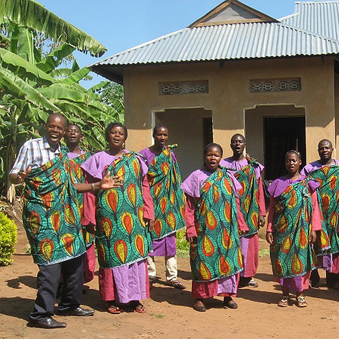 MUSIK VERBINDET Konzerte, Gottesdienste und Begegnung Kirchenkreis-Jubiläum mit Chor aus Tanzania
