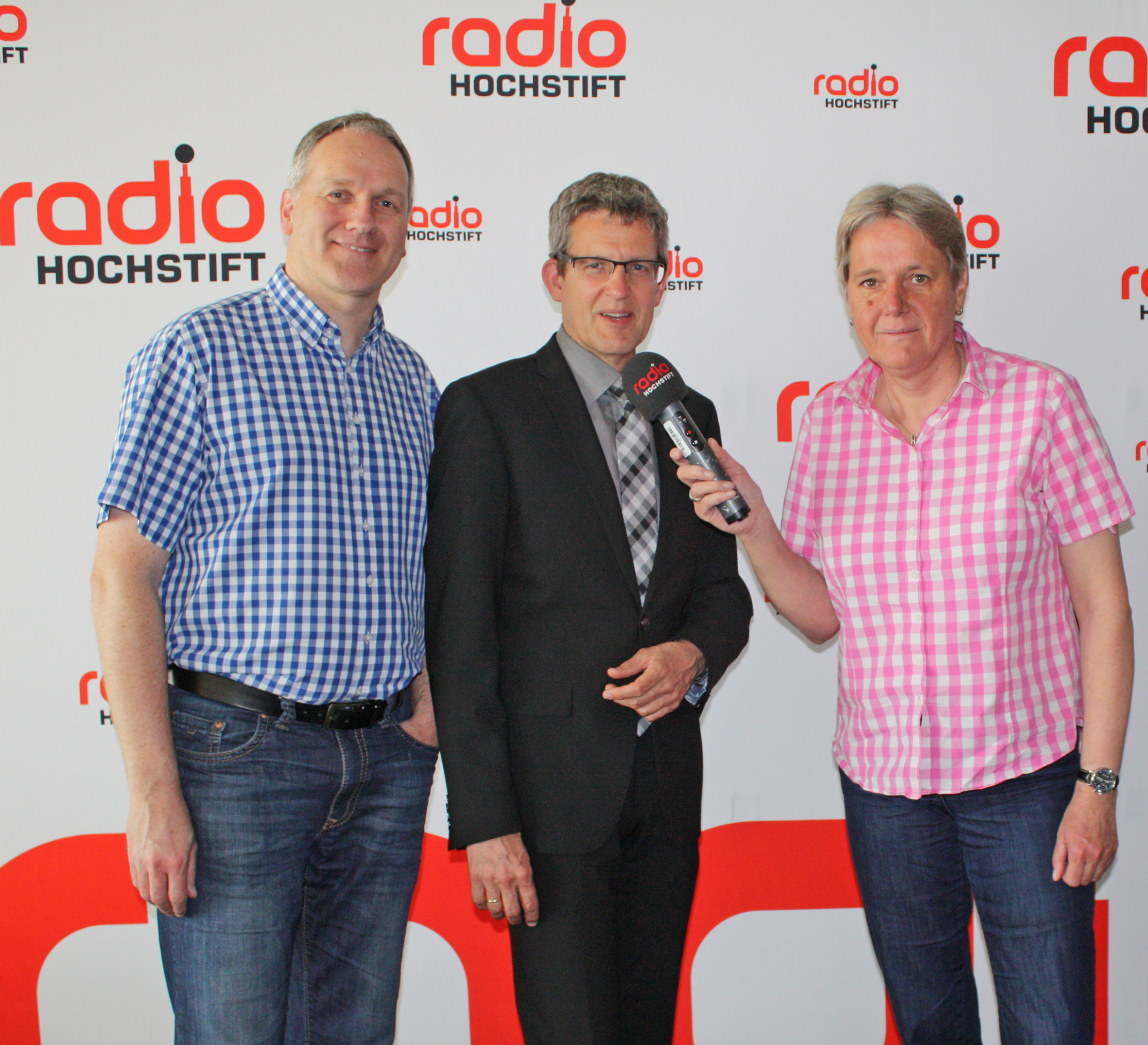 volker neuhoff im gespr ch mit radio hochstift evangelischer kirchenkreis paderborn. Black Bedroom Furniture Sets. Home Design Ideas