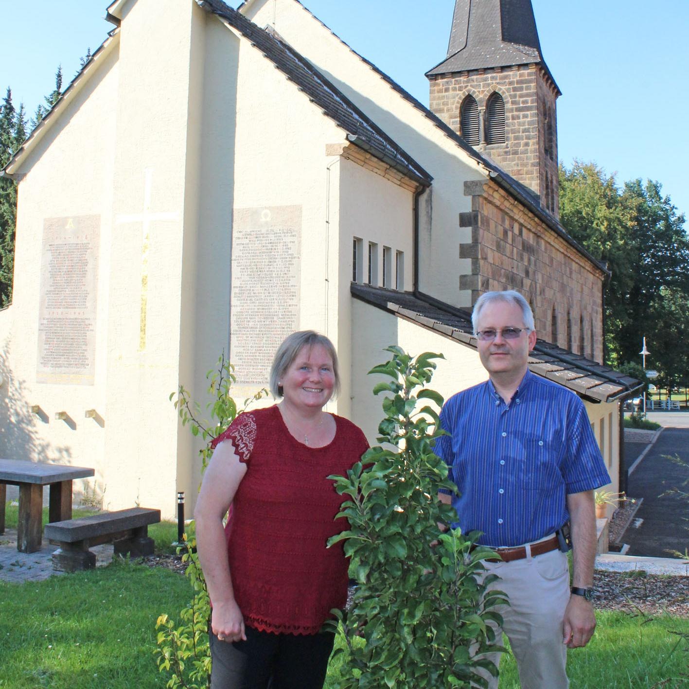 PFARREHEPAAR WECHSELT von Bad Driburg nach Siegen-Weidenau Abschiedsschmerz und Vorfreude