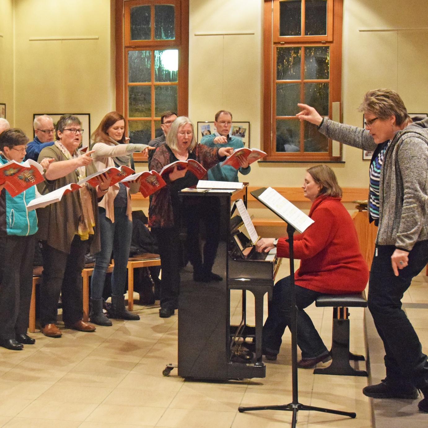 Aus Projektchor soll in Borchen neuer Kirchenchor entstehen Proben für Luther-Oratorium laufen auf Hochtouren