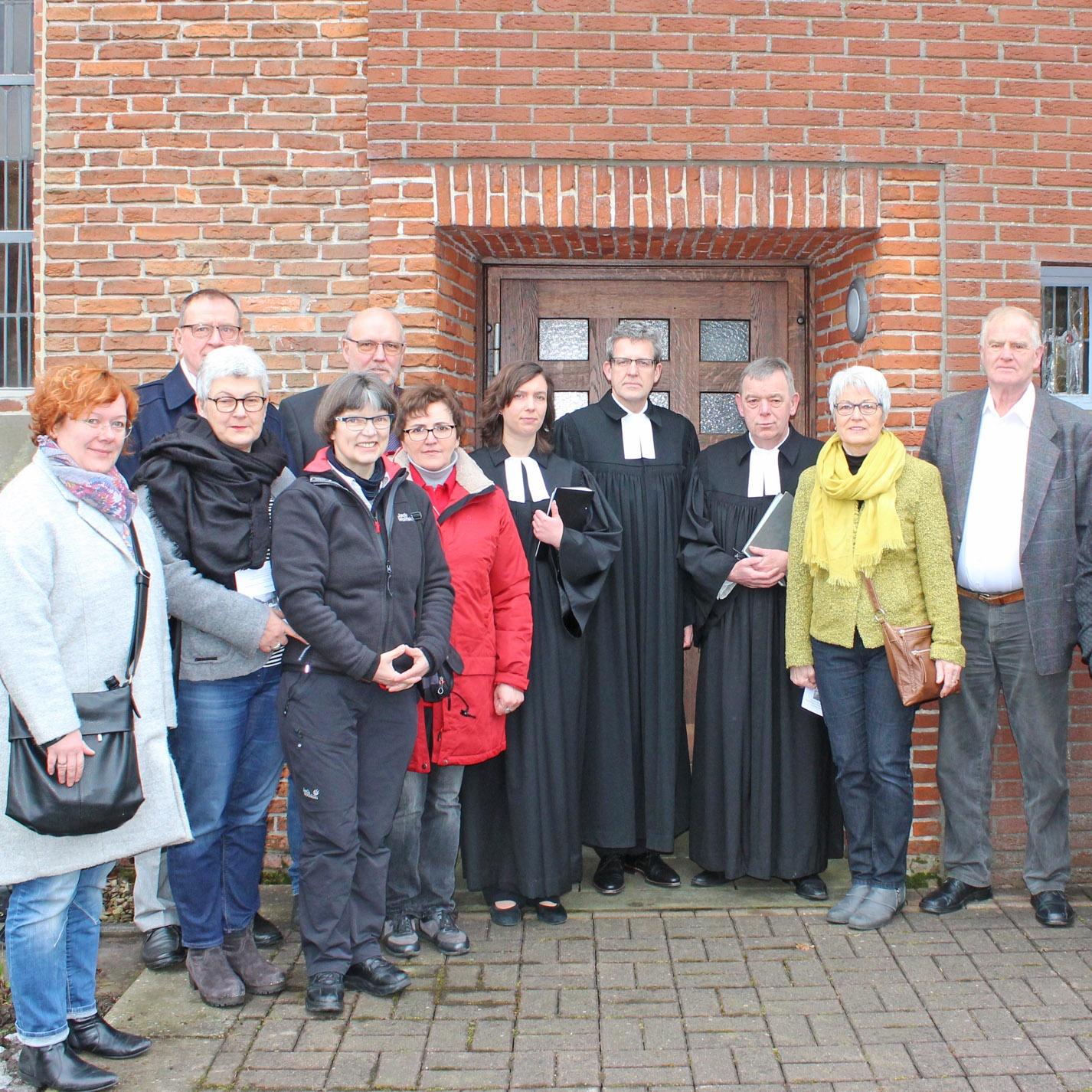 Kompromiss: Gottesdienste zukünftig im Gemeindezentrum nebenan Evangelische Kirche Willebadessen entwidmet