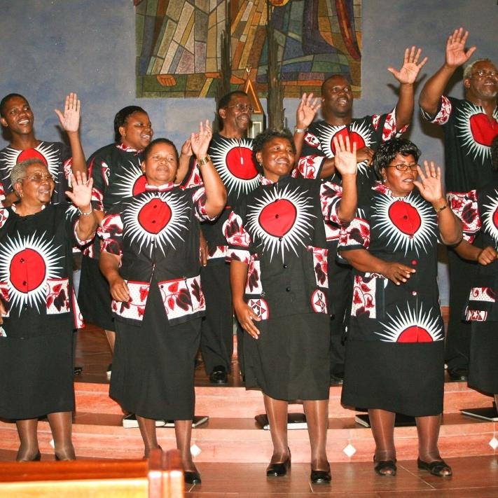 Südafrikanischer Chor gibt gemeinsam mit Bad Lippspringer Partnerchor zwei Konzerte Martin Luther Kantorei besucht die Gartenschau