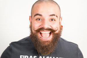 Tritt in Lügde auf: Firas Alshater, Comedian aus Berlin, der vor zwei Jahren aus Syrien geflohen ist. FOTO: PRIVAT