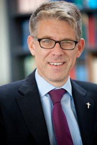 Kenner der politischen Landschaft: Dr. Thomas Weckelmann kommt nach Höxter. Foto: Privat