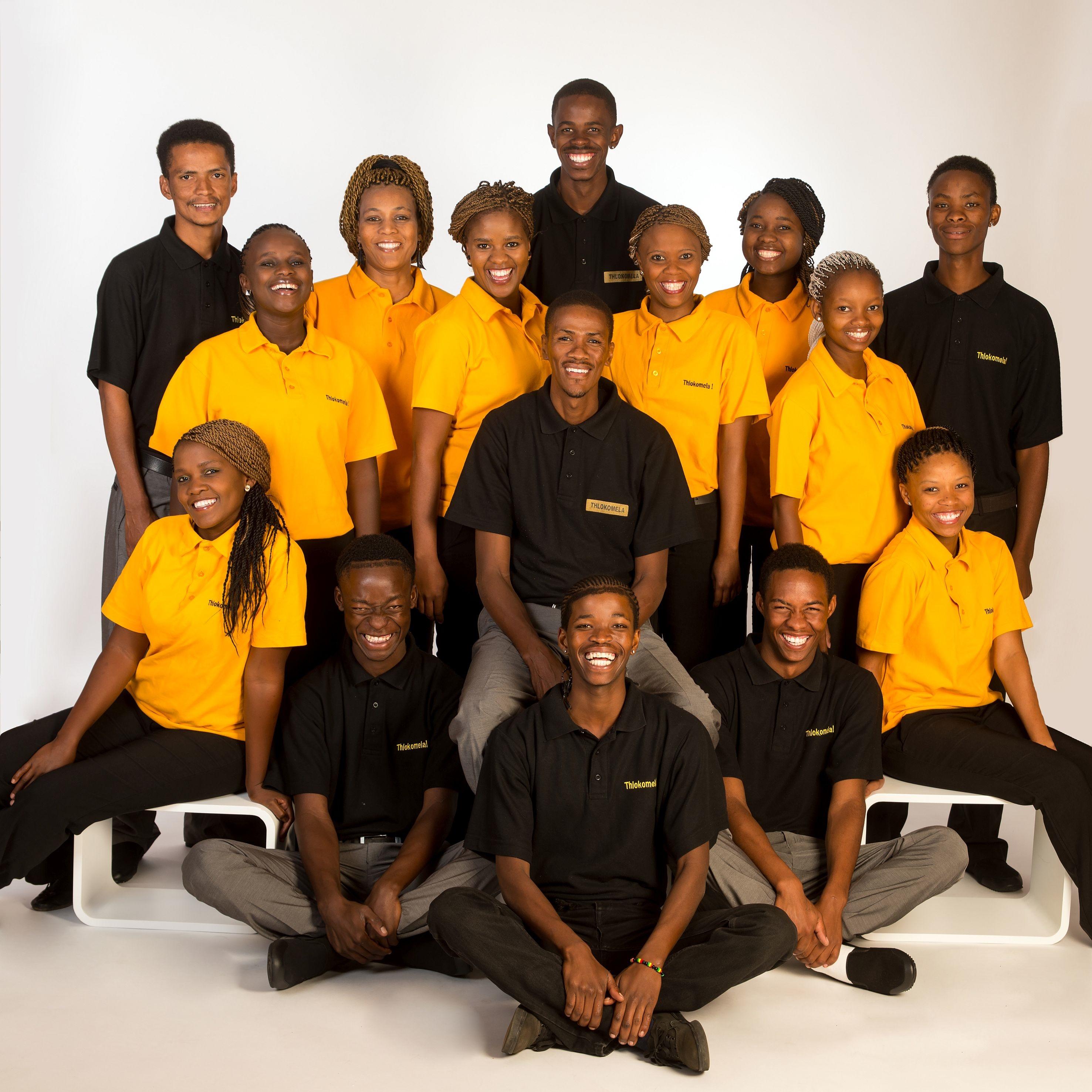 """Zu Gast im GlaubensGarten auf der Landesgartenschau: """"Thlokomela!"""": Chor- und Tanzgruppe aus Namibia"""