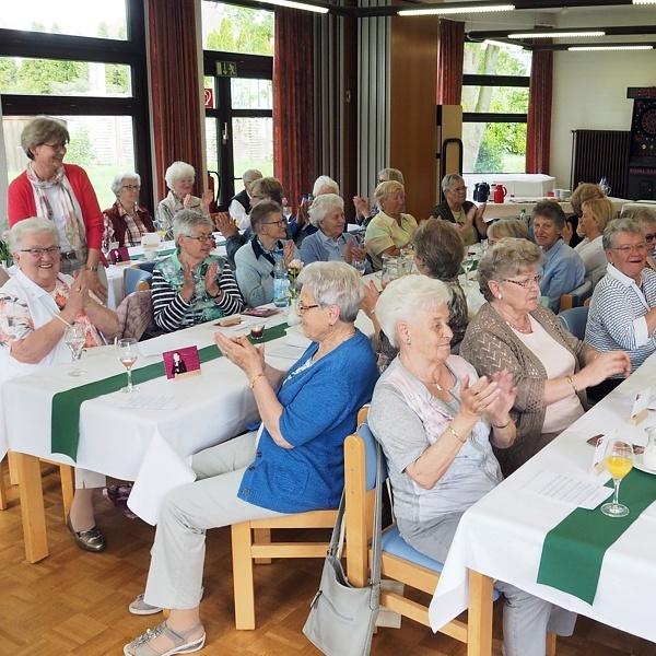 Ökumenisches Frauenfrühstück mit Käthe Luther VOR 500 JAHREN Selbstbewusst und emanzipiert