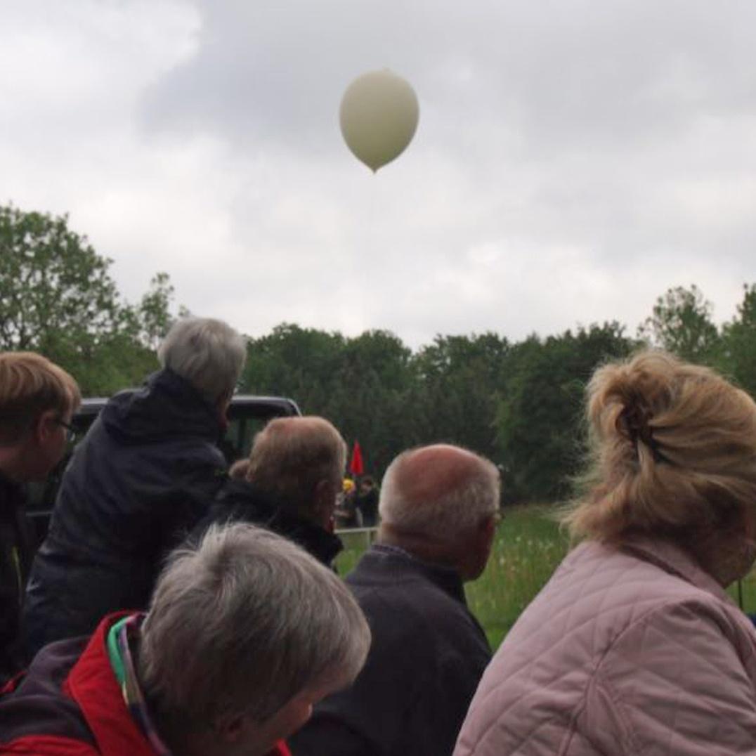 Christi Himmelfahrt in Warburg Wetterballon stieg auf 20.000 Meter