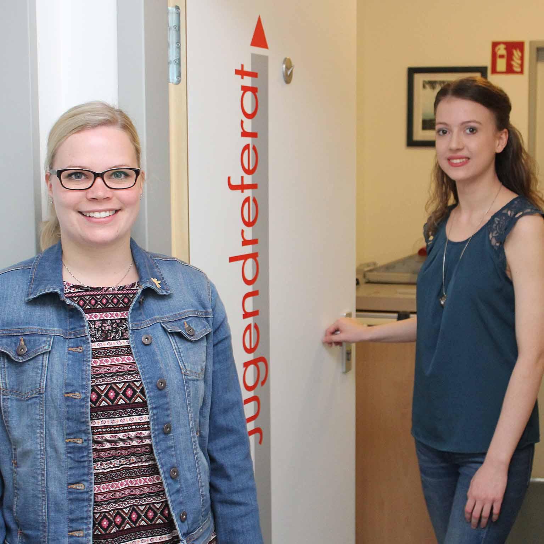 Jugendreferentinnen des Evangelischen Kirchenkreises Paderborn Vorgestellt: Jennifer Twiste und Vanessa Köwing