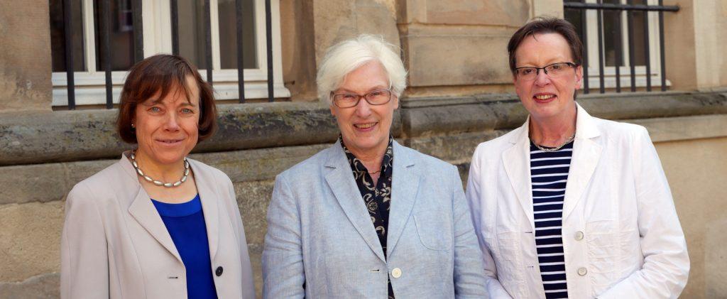 Annette Kurschus, Irmgard Schwaetzer, Marianne Thomann-Stahl (von links). FOTO: EKvW