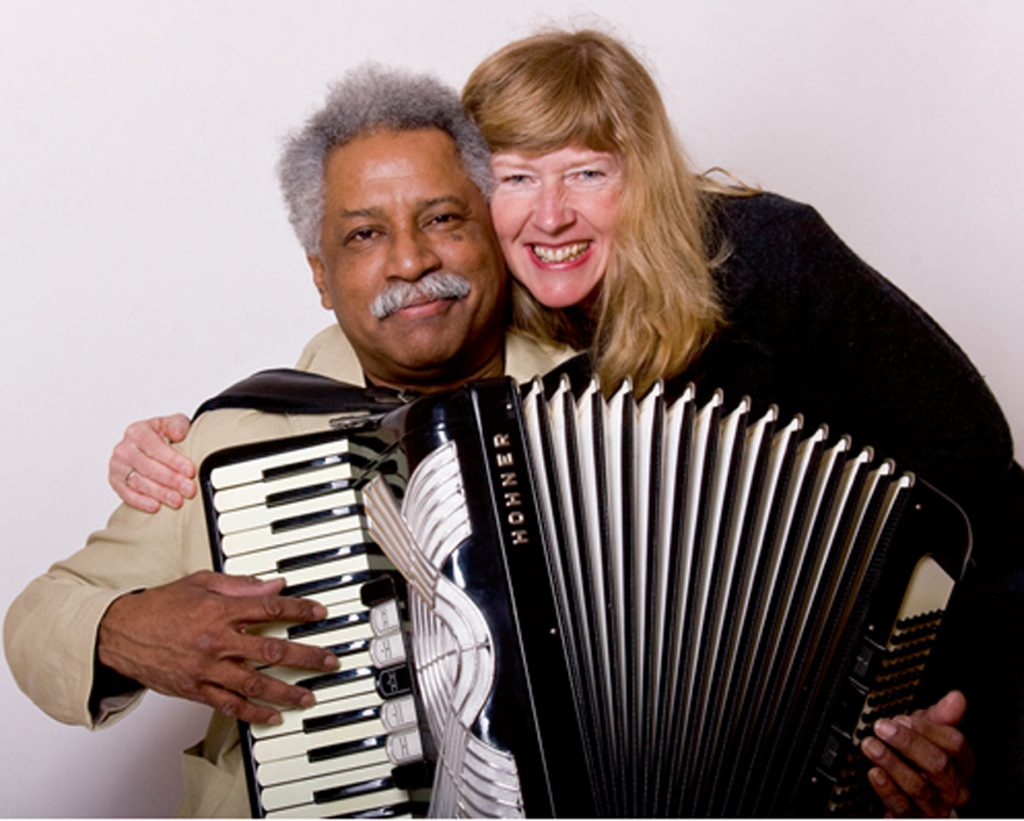 Präsentieren einen szenisch-literarischen Abend mit Musik: René Madrid und Ann-Britta Dohle. Foto: Privat