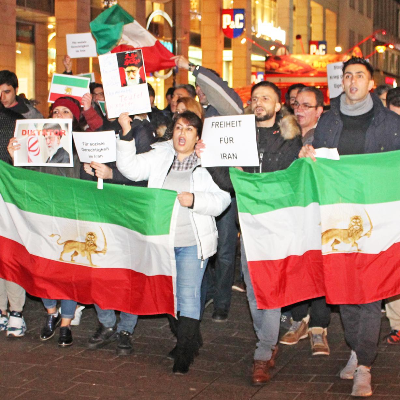Kirchenkreis Paderborn besorgt über politische Lage im Iran Demonstration für Menschenrechte: 18. Januar, 16 Uhr vor Paderborner Hauptbahnhof