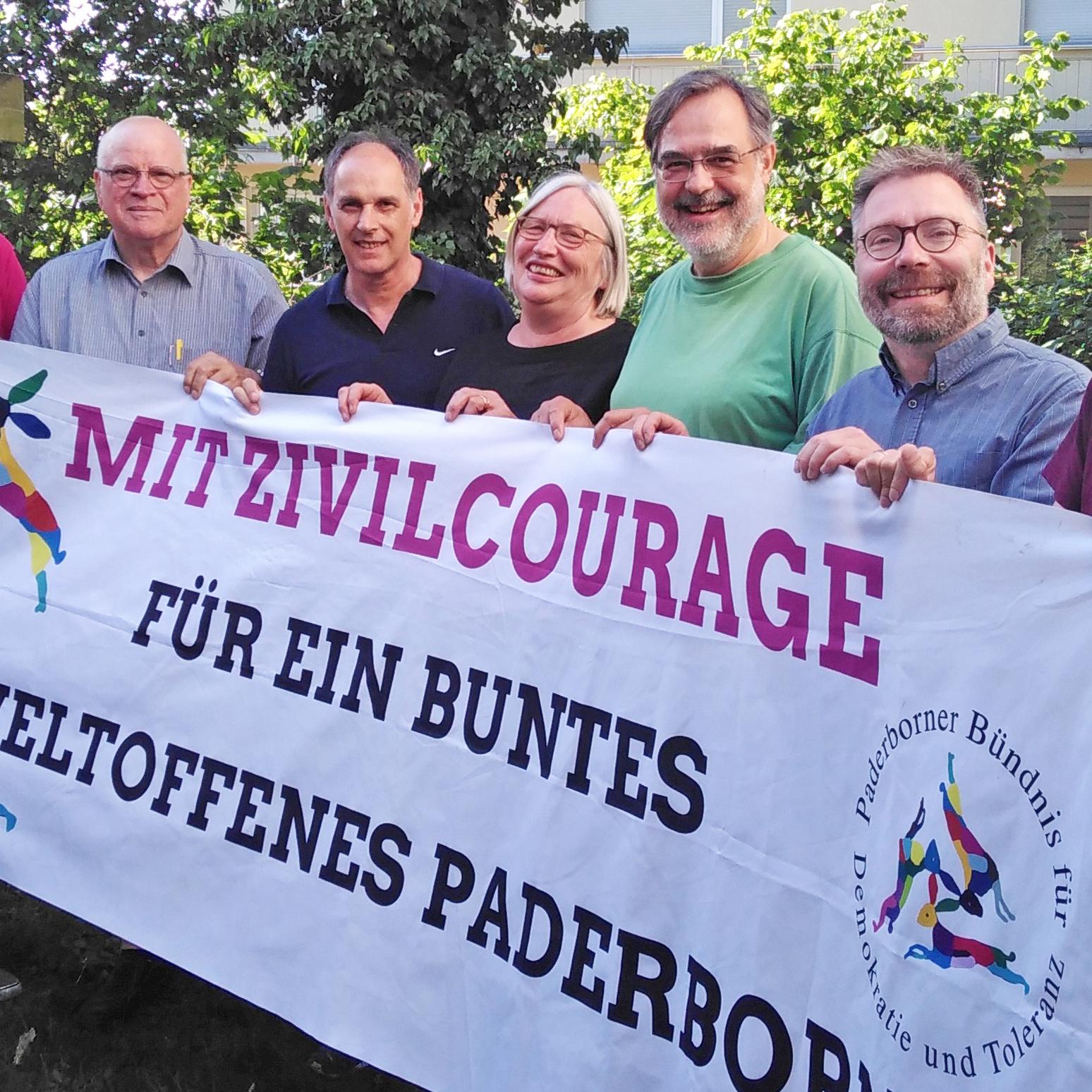 Demokratische Grundrechte und sozialer Zusammenhalt Bündnis für Demokratie und Toleranz wirbt für Paderborner Debatte zum Tag des Grundgesetzes am 23. Mai