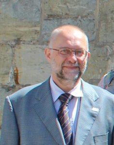 Pfarrer Dr. Rainer Reuter, Gemeindepfarrer und Mitglied des Kreissynodalvorstandes und Synodalassessor sowie Dozent, wird in den Ruhestand verabschiedet.