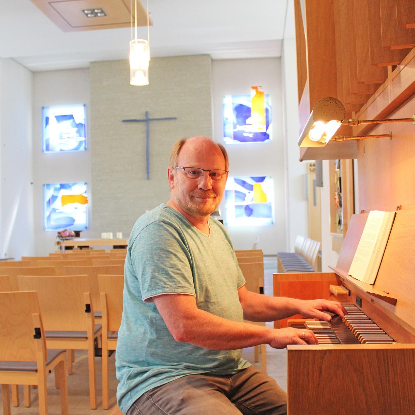 KIRCHENGEMEINDE BAD LIPPSPRINGE verabschiedet Kantor Ulrich Schneider Kirchenmusiker aus Berufung und mit Leidenschaft