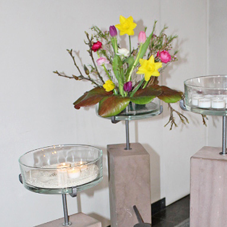 NEU Kerzenständer aus Sandsteinbohlen Kreuzkirche wieder verlässlich geöffnet