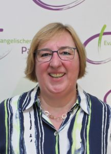 Pfarrerin Elke Hansmann