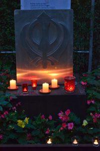 Außergewöhnlich: Lichter und Kerzen setzen in den Gärten der Religionen auf der Gartenschau Bad Lippspringe Akzente.