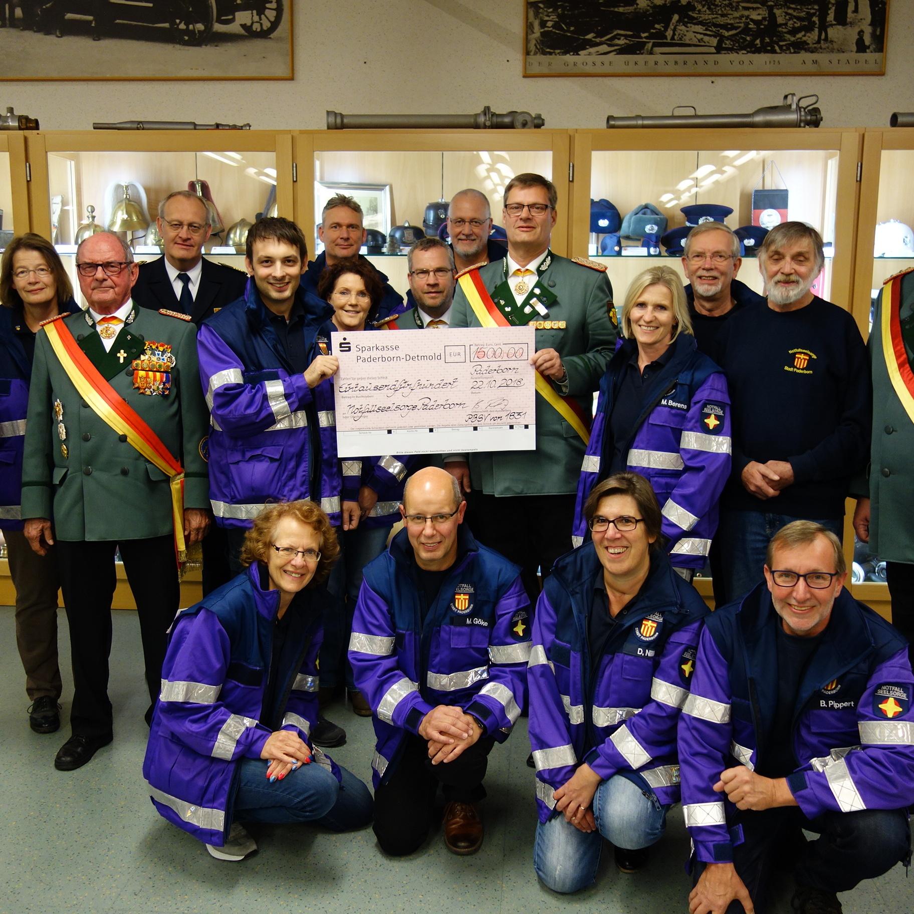 Spende des Paderborner-Bürger-Schützenvereins von 1831 1.500 Euro für die Notfallseelsorge