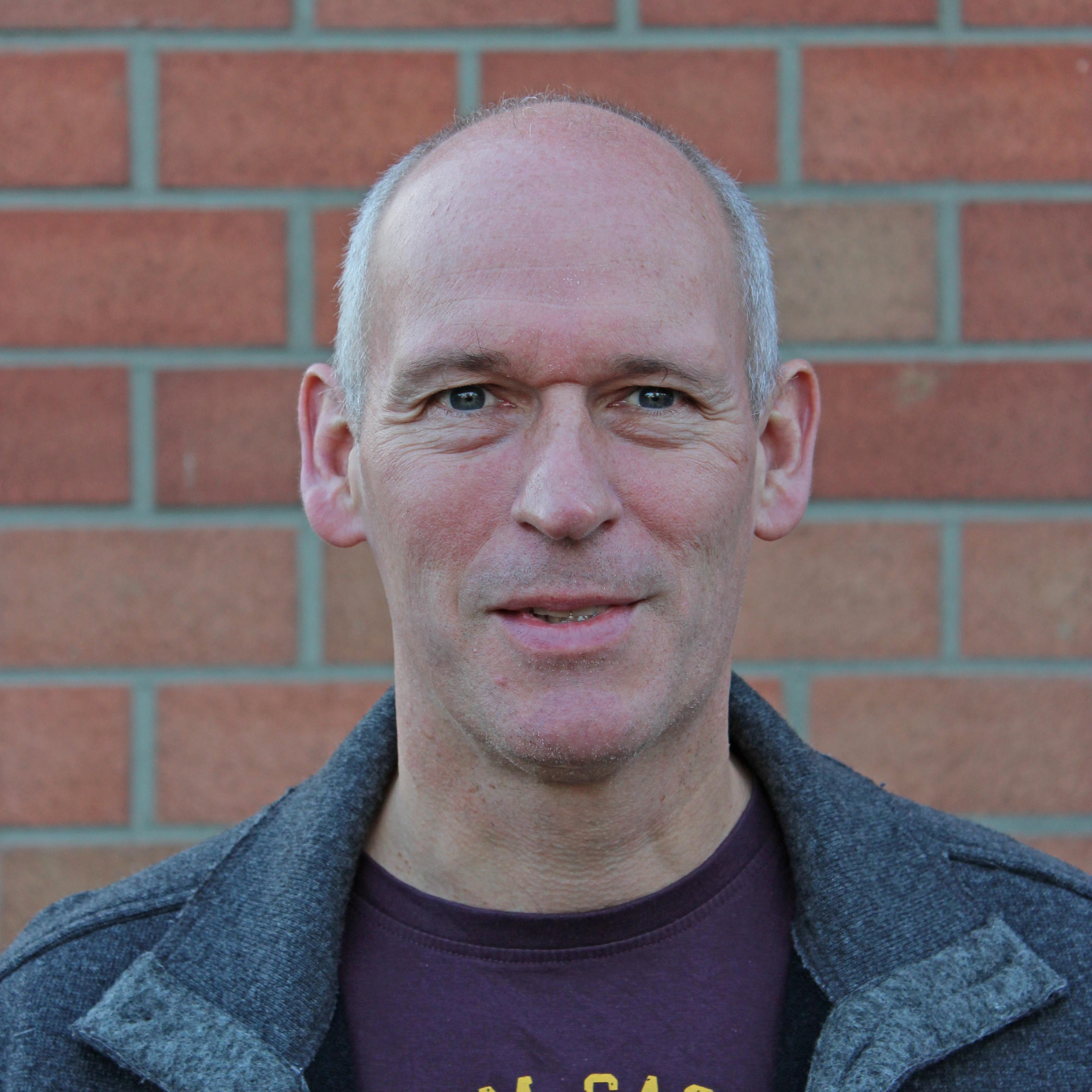 OLIVER SCHWARZ Sozialpädagoge und Diakon hat seinen Dienst begonnen Neuer Leiter des Jugendreferats im Kirchenkreis Paderborn