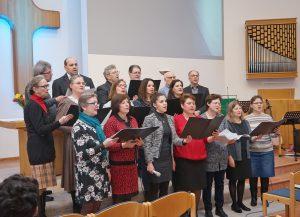 Zum Programm der Themenwoche gehörten auch Auftritte des Chores der Kirchengemeinde. Foto: Waldemar Reisch