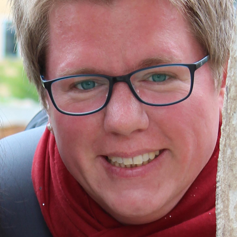 Neue Prädikantin in Kirchengemeinde Büren-Fürstenberg Katrin Herting zum Dienst der Verkündigung und Sakramentsverwaltung beauftragt
