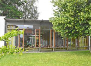 Herzstück des Gemeindezentrums und ein Ort der Begegnung ist der architektonisch gelungene Gemeindesaal des Martin-Luther-Gemeindezentrums- FOTO: HEINZ WILFERT