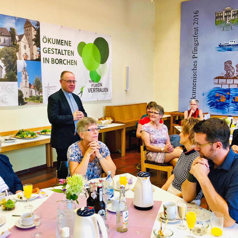 Minderjährige unbegleitete Flüchtlinge drei Jahre lang begleitet ABSCHIED von Stiftung Bethel im Stephanus-Haus Borchen