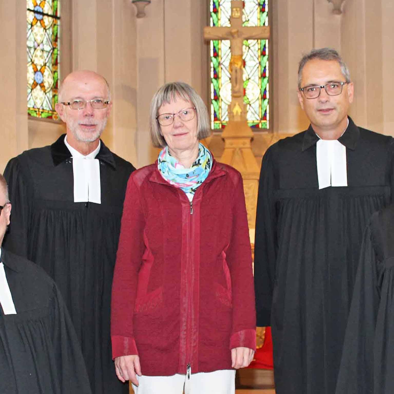 """""""Es ist ein Segen, dass es diese Kirche gibt"""" JUBILÄUM 150 Jahre Kreuzkirche Nieheim"""