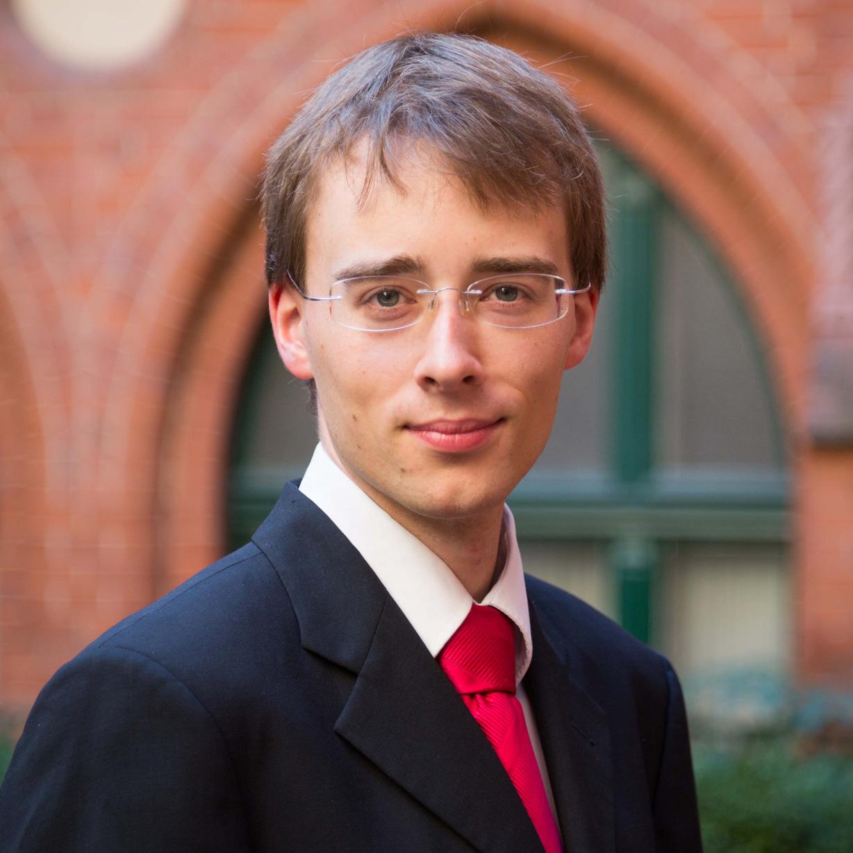 Johannes Lienhart gastiert in der Kiliankirche Orgelkonzert zum Reformationstag