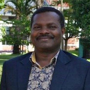 Gesprächsabend in Borchen, Gottesdienst in Paderborn Bischof Keshomshahara aus Tansania zu Gast im Kirchenkreis