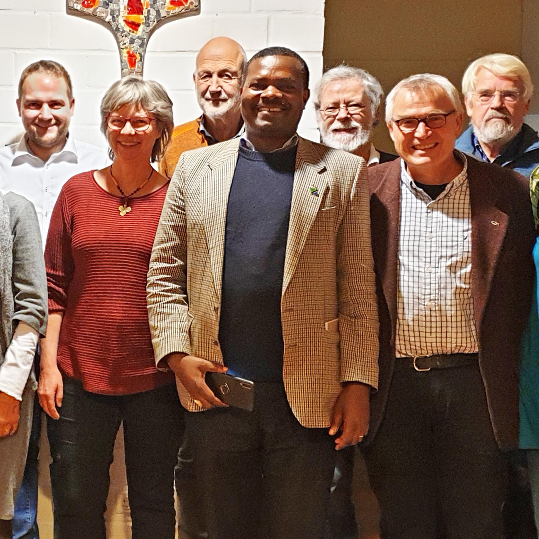"""""""… damit sie alle eins seien."""" ZU GAST Bischof Abednego Keshomshahara aus Tansania besuchte Kirchenkreis"""