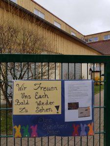 Aktion geplant: Die Erzieherinnen des Evangelischen Familienzentrums Emmaus in Büren wollen in Kontakt zu Kindern und Eltern bleiben. Foto: Kita Emmaus