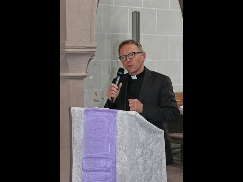 Grußwort Dechant Benedikt Fischer