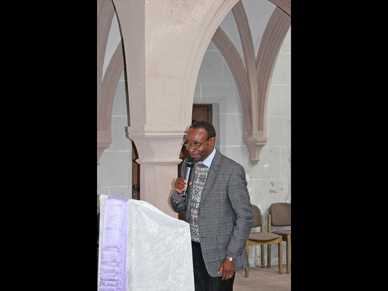 Grußwort Superintendent Phenias Lwakatare