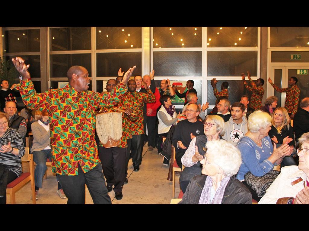 MLZ TanzProjektchor Einzug