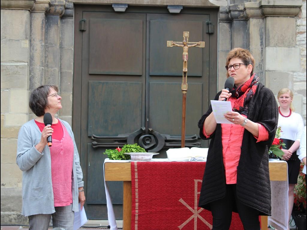 Dialogpredigt Marie-Luise Haunerland und Ingeborg Knust (rechts)