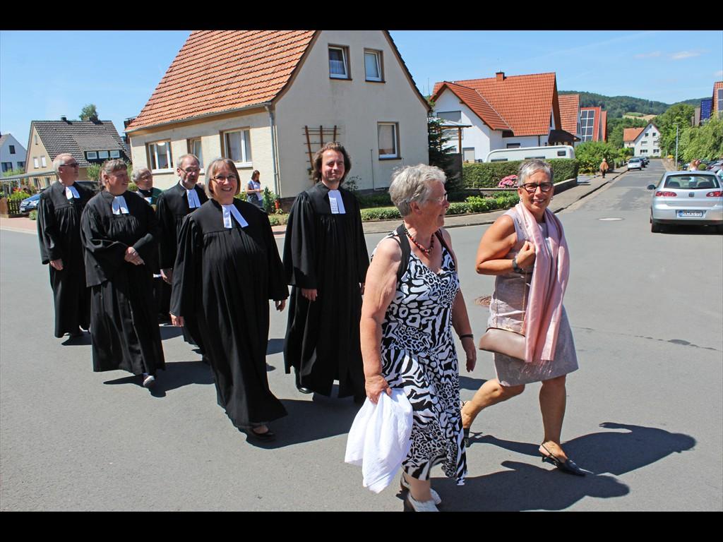 2018-07-07-Ehrengäste-beim-Festumzug