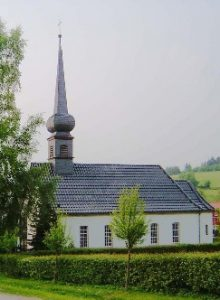 Ev. Kirche Neuenheerse