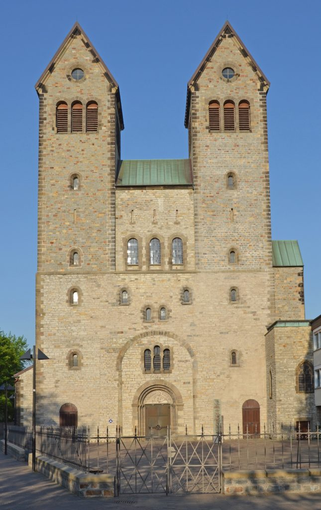 Die Johannes-Passion erklingt im April in der Abdinghofkirche Paderborn. FOTO: EKP-ARCHIV