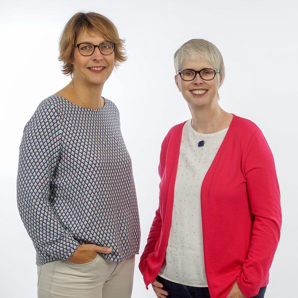 Ökumenische Telefonseelsorge Paderborn: Leiterin Monika Krieg (rechts) und ihre Stellvertreterin, Pfarrerin Dorothea Wahle-Beer. FOTO: TS PADERBORN