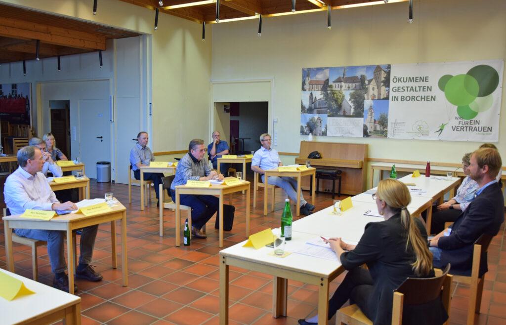 Diskussion mit Kommunalpolitikern im Stephanus-Haus. Foto: Jan Globacev